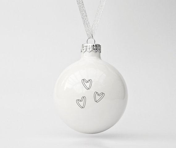 HEARTS BAUBLE