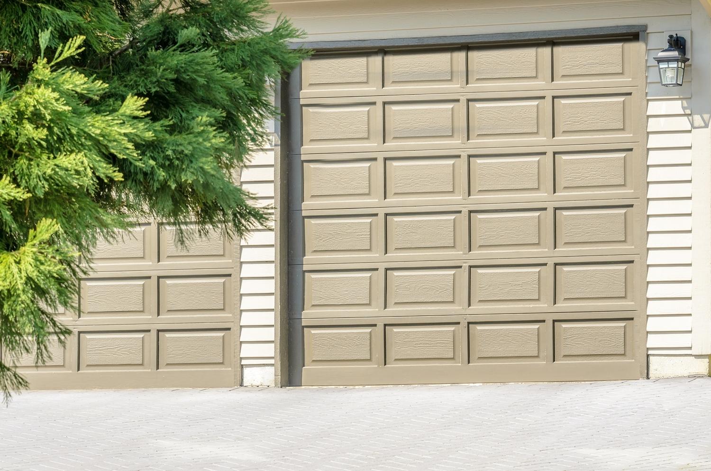 Installation trotter garage home bigstock garage door in vancouver cana 97808171g rubansaba