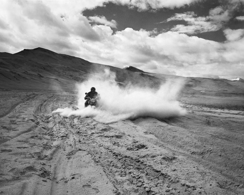 DustBath_Himalayas_NoEdge-850x680