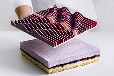 Baker Designs Beautiful, Bold Cakes Inspired by Art and Math - My Modern Met