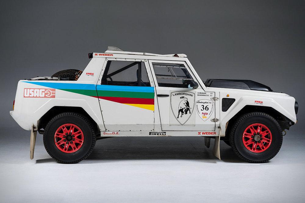 Lamborghini-LM002-Rally-Car-3.jpg