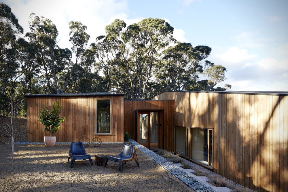 Two-Halves-House-By-Moloney-Architects-1.jpg