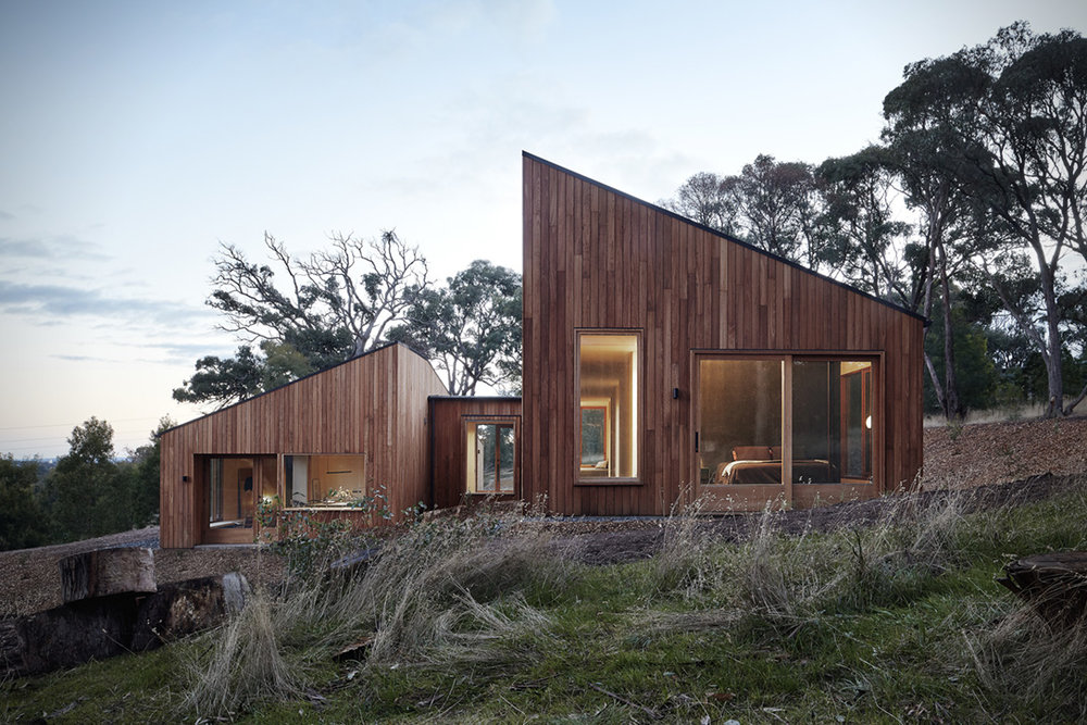 Two-Halves-House-By-Moloney-Architects.jpg