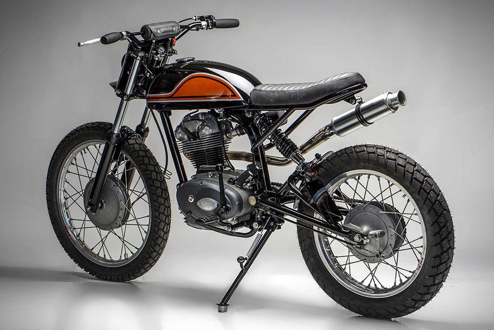 1965-22Dastardly-Ducati22-250-Scrambler-by-MotoRelic-3.jpg
