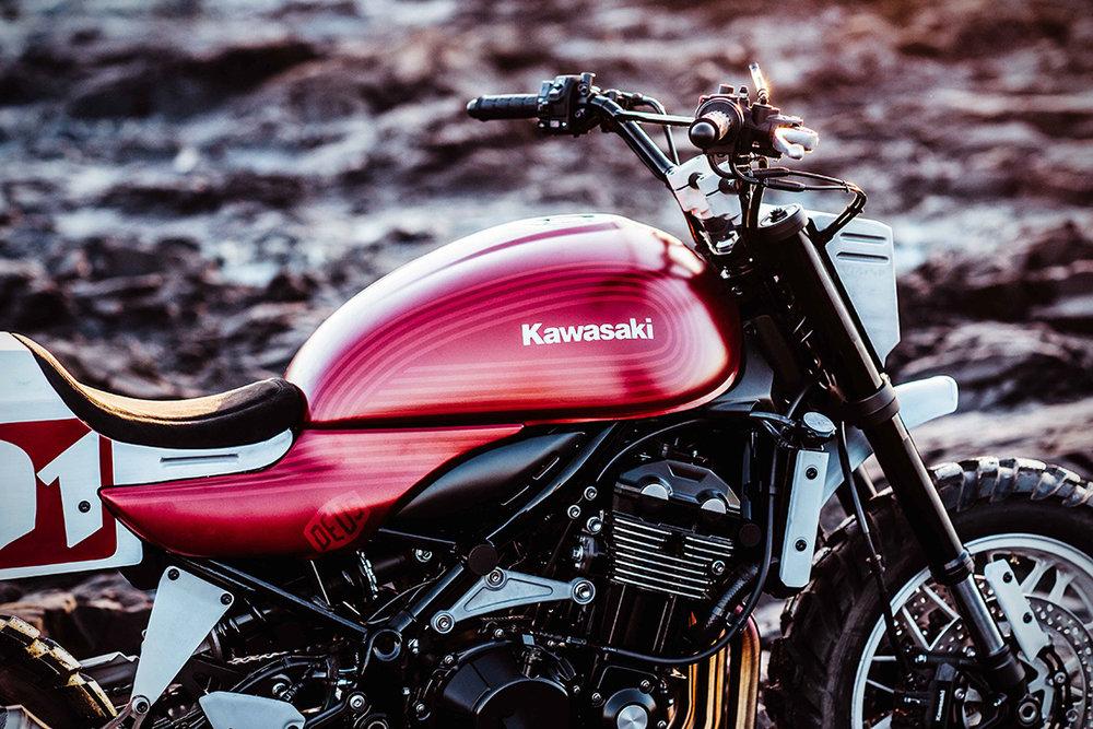 2018-Kawasaki-Z900RS-22Stone-Tracker22-by-Deus-3.jpg