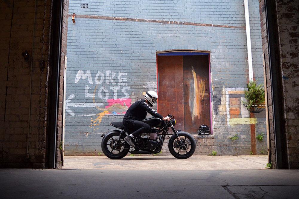 2014-Triumph-Bonneville-Blak-By-Gasoline-Motor-Co.-8.jpg