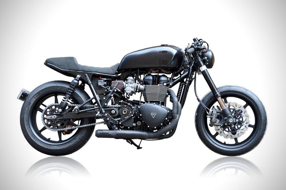 2014-Triumph-Bonneville-Blak-By-Gasoline-Motor-Co..jpg