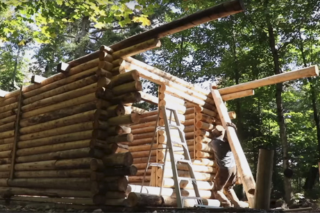 Time Lapse of a Man Building a Log Cabin From Scratch - Kottke