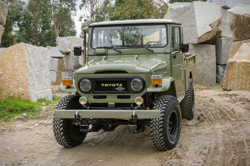 toyota-hj-45-truck-1.jpg