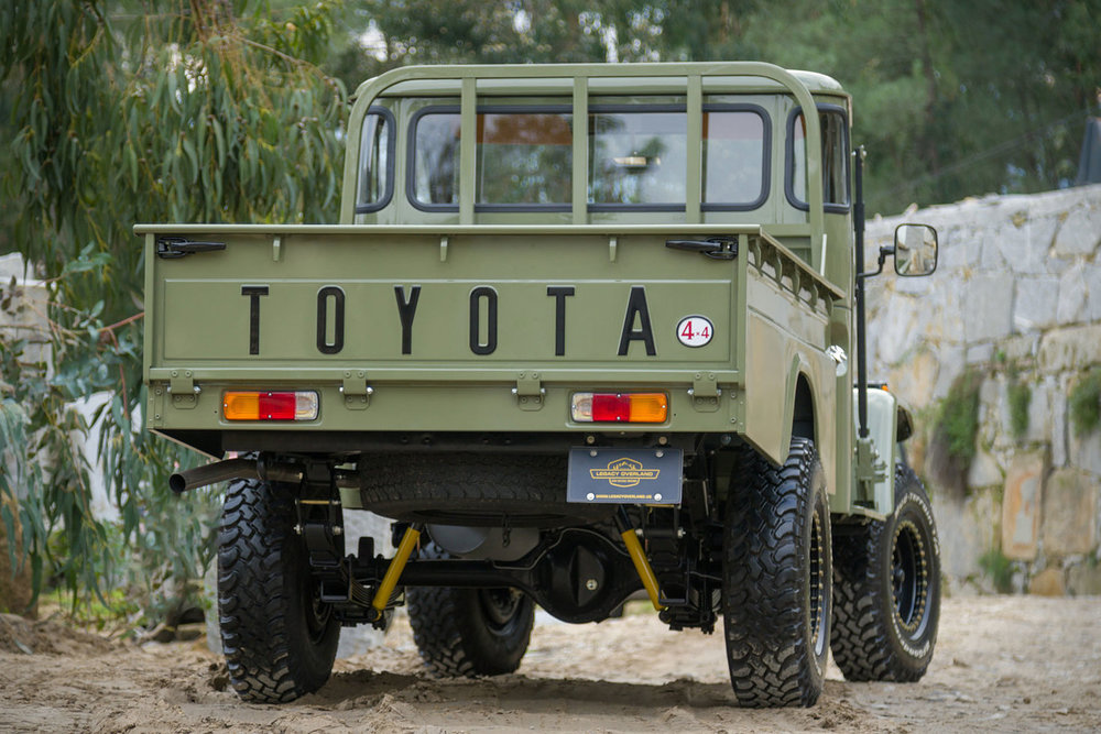 toyota-hj-45-truck-4.jpg