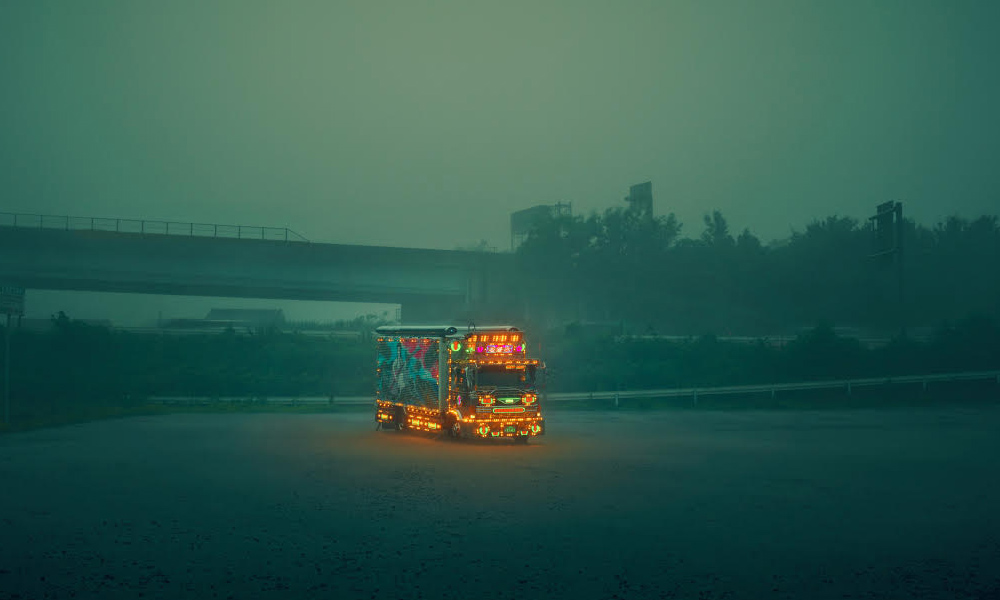 Tricked-Out-Trucks-of-Japan-By-Todd-Antony-5.jpg