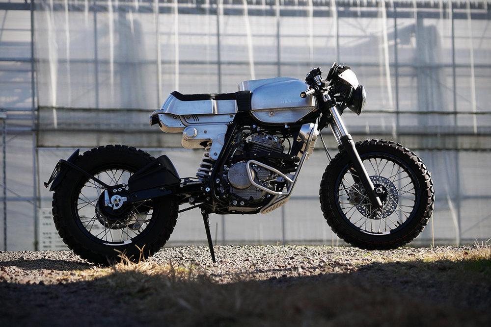 Honda-XLR250R-By-ASK-Motorcycle-01.jpg