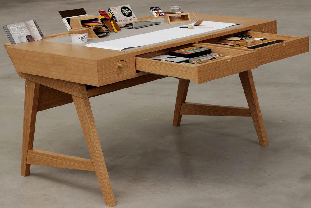 Digitalab-for-Viarco-Risko-Drawing-Desk-gear-patrol-slide-2-1940x1300.jpg