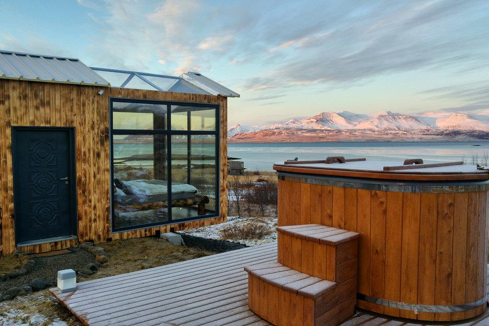 panorama-glass-lodge-2.jpg