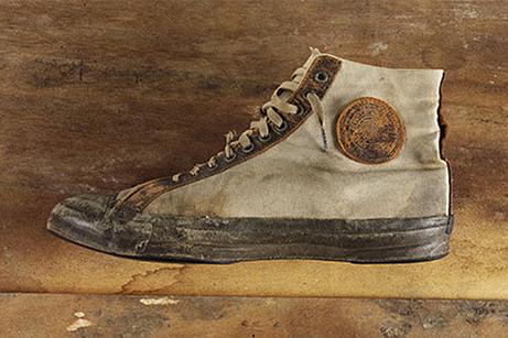 A History of Converse - Heddels