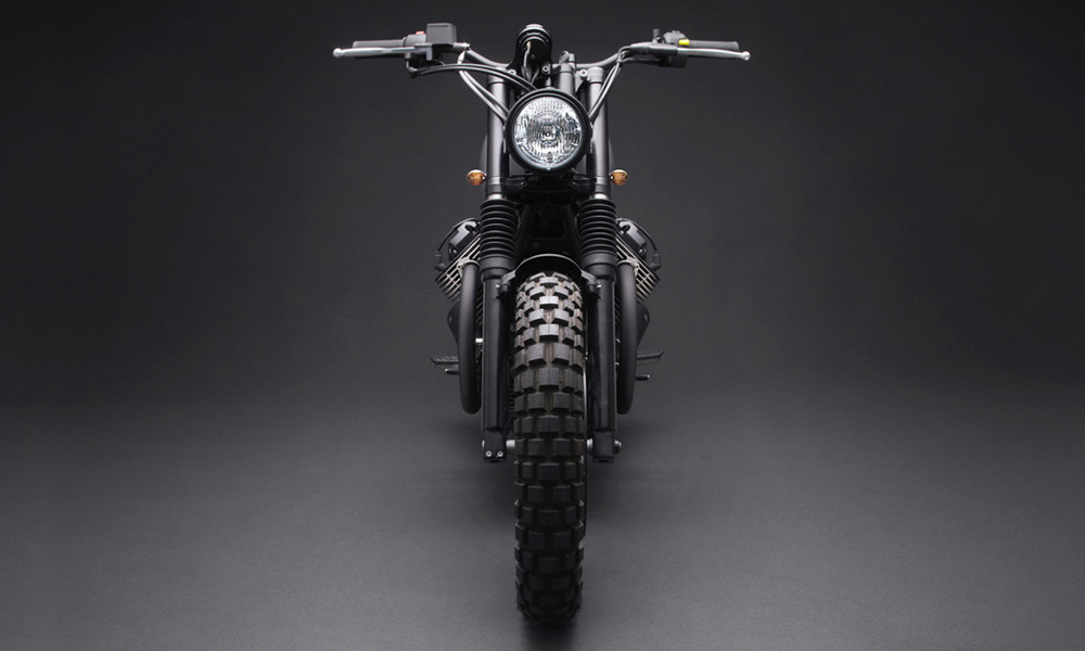 Venier-Customs-Tractor-05-Bespoke-Moto-Guzzi-Motorcycle-5.jpg