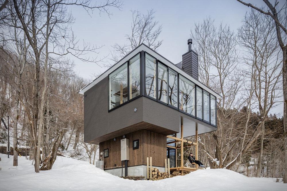 Lakeside-Cottage-By-Sugawaradaisuke-Architects-1.jpg