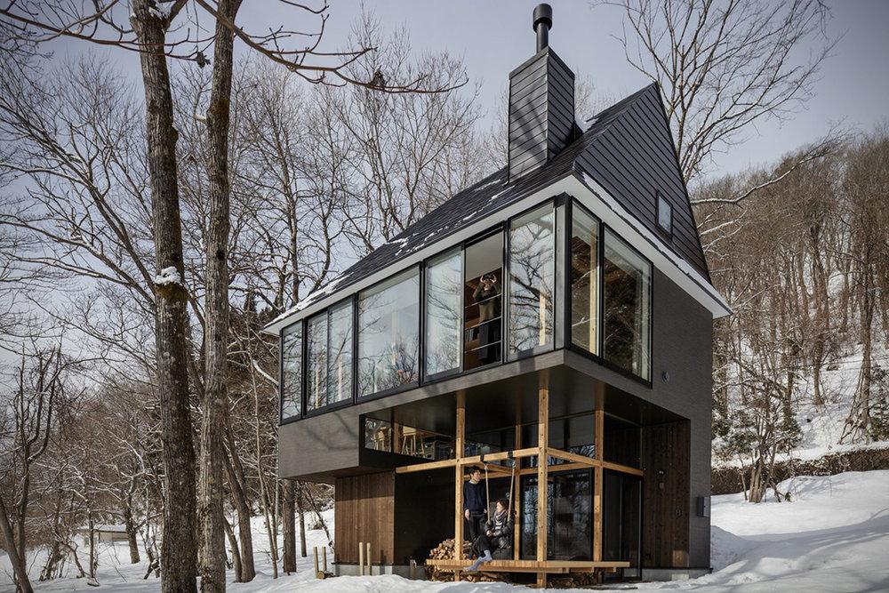 Lakeside-Cottage-By-Sugawaradaisuke-Architects-00.jpg