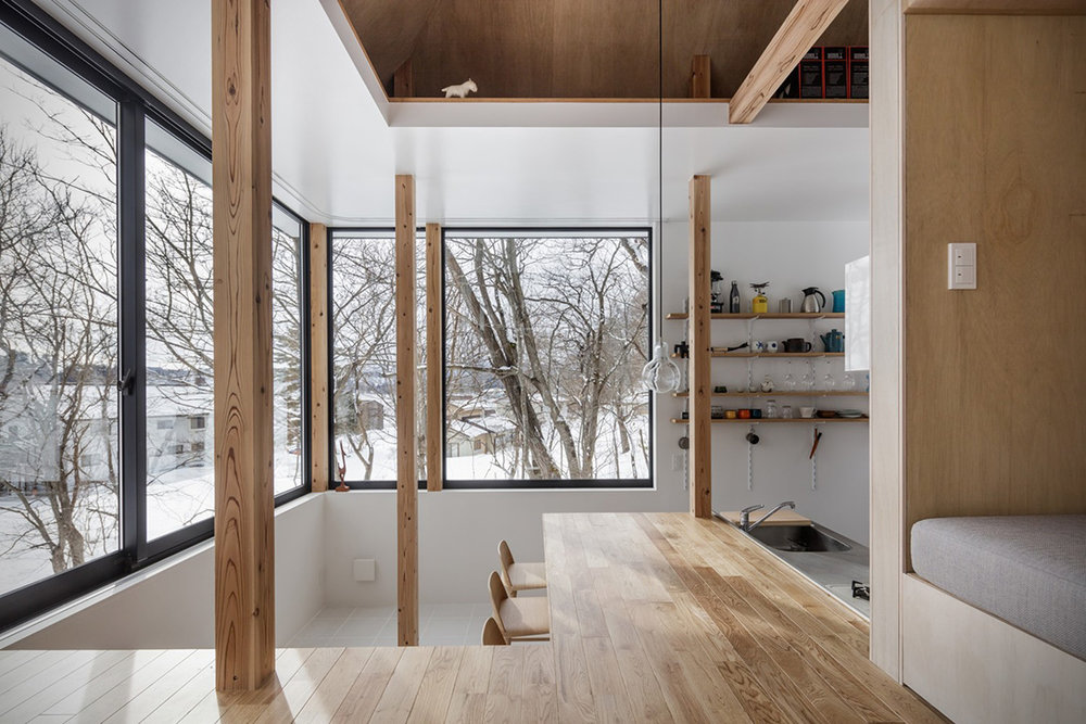 Lakeside-Cottage-By-Sugawaradaisuke-Architects-8.jpg