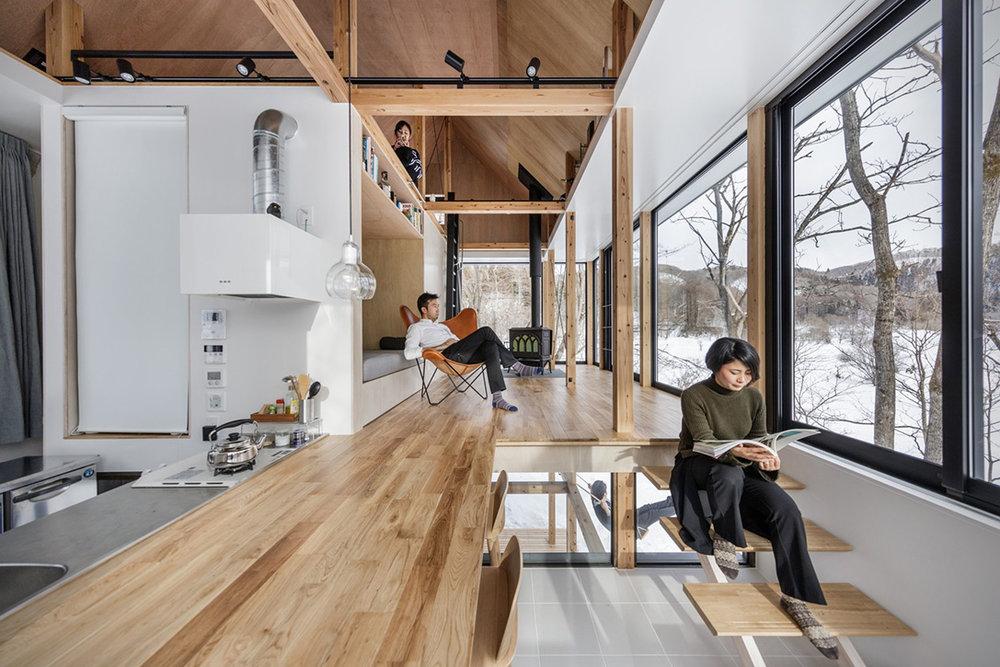 Lakeside-Cottage-By-Sugawaradaisuke-Architects-9.jpg