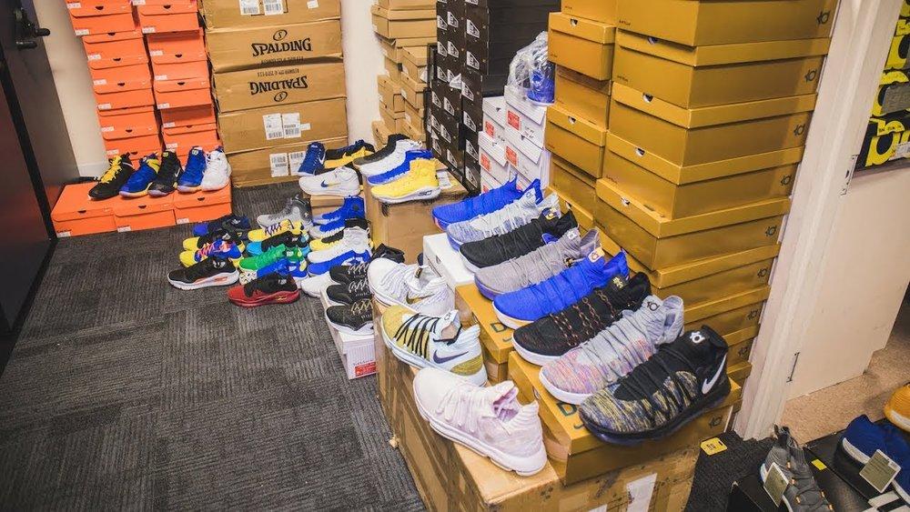 Inside The Golden State Warriors' Sneaker Closet - Coiski