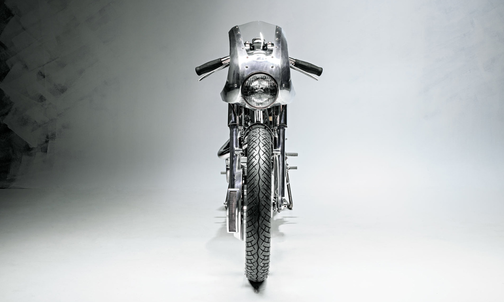 This-Thin-Motorcycle-Lets-You-Bypass-Traffic-3.jpg