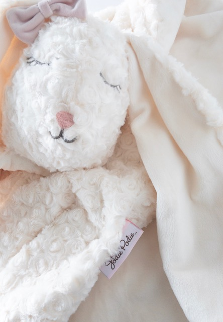 "lush lovies - the jodie podie ""lush lovies"" collection is the most luxuriously soft, beautifully handcrafted plush animal friend and blankie… all rolled into one.move over teddy bear, our lush lovies will soon become your child's bestest friend.PROUDLY MADE IN CANADA"