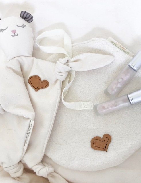 organic lovies & mini lovies - our organic lovies & mini lovies are handcrafted in canada from 2 layers of ultra soft 100% global organic textile standard (gots) certified organic cotton flannel and jersey knit.our organic lovies were designed with our oily friends in mind. They come with our signature leather heart; a place to drop your child's favourite soothing essential oil so that it diffuses the therapeutic aroma and helps lull your little one into a sweet peaceful slumber.