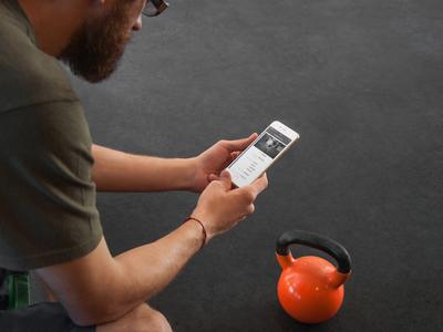 Gym kettlebell phone app.jpg