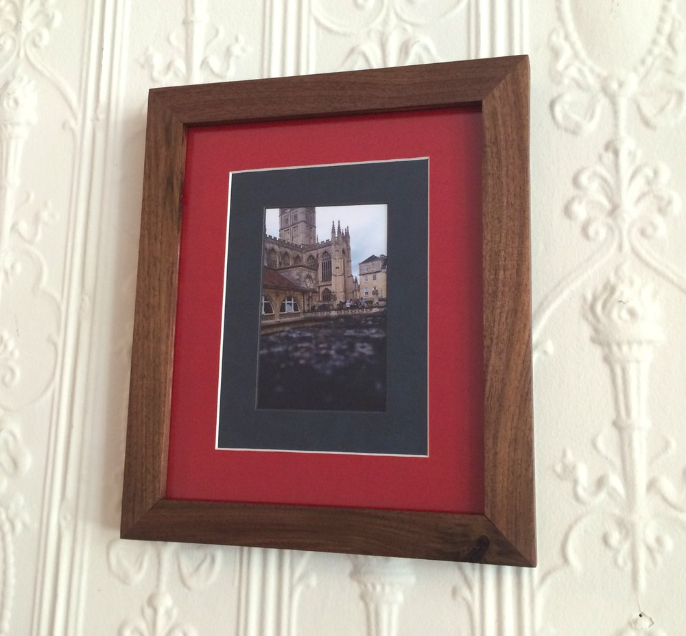 WALNUT FRAME  DEEP RED MATTE