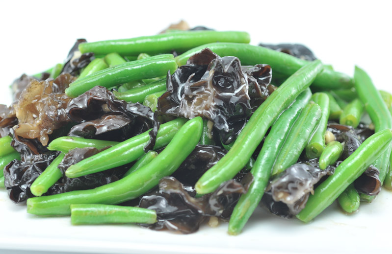 Stir Fried Green Beans and Black Fungus