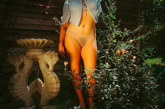 michelle in her garden 💐🌻🌞🌺