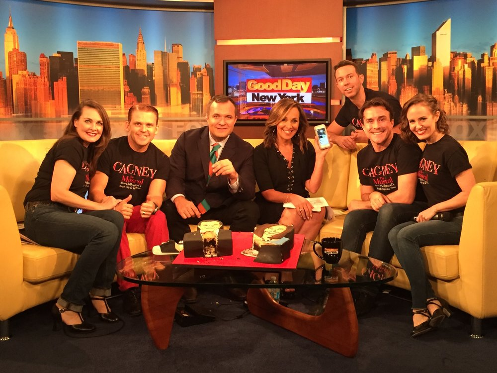 Greg Kelly and Rosanna Scotto with the cast of CAGNEY