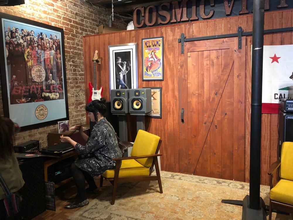 cosmicvinyl-losangeles-recordstore-rightternes-seattle-abbiegobeli-kexp