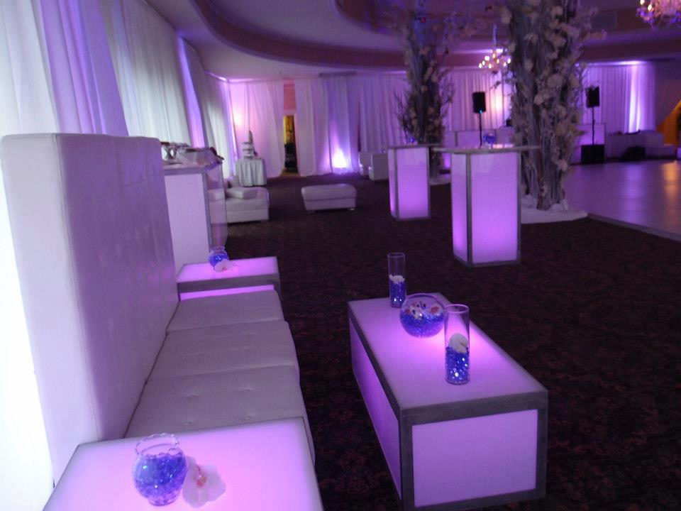 event-decor-270668839_n[1].jpg