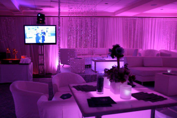 event-decor-809332575_n[2].jpg