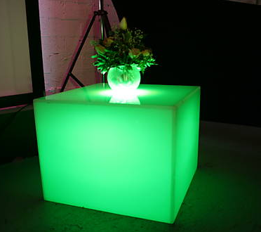 event-decor-glowtable1.png