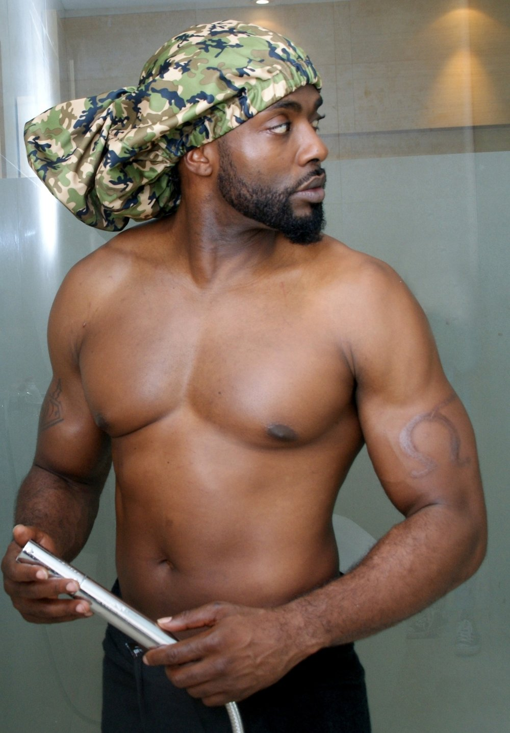 It's nice to have a shower cap that covers my dreads and comes in colors for men. - Troy in Maryland