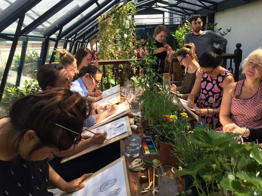 I got the chance to take a botanical illustration workshop in London lead by one of my fav illustrators. It was also in the most beautiful setting, a green house at the top of a restaurant where we were served lunch made of the vegetables we had just been drawing.