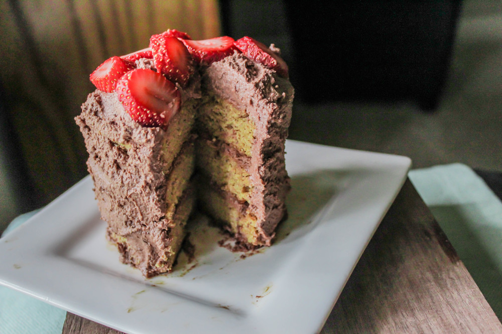 almond cake (8 of 11).jpg
