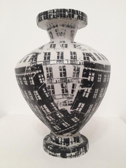 Vase — Gudny Gudmundsdottir