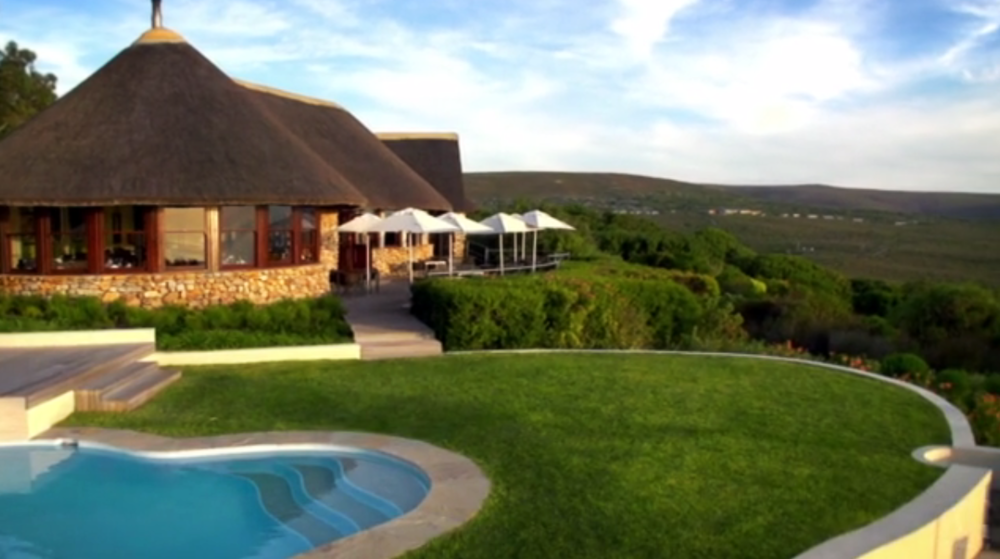 GROOTBOS / Travel & Tourism