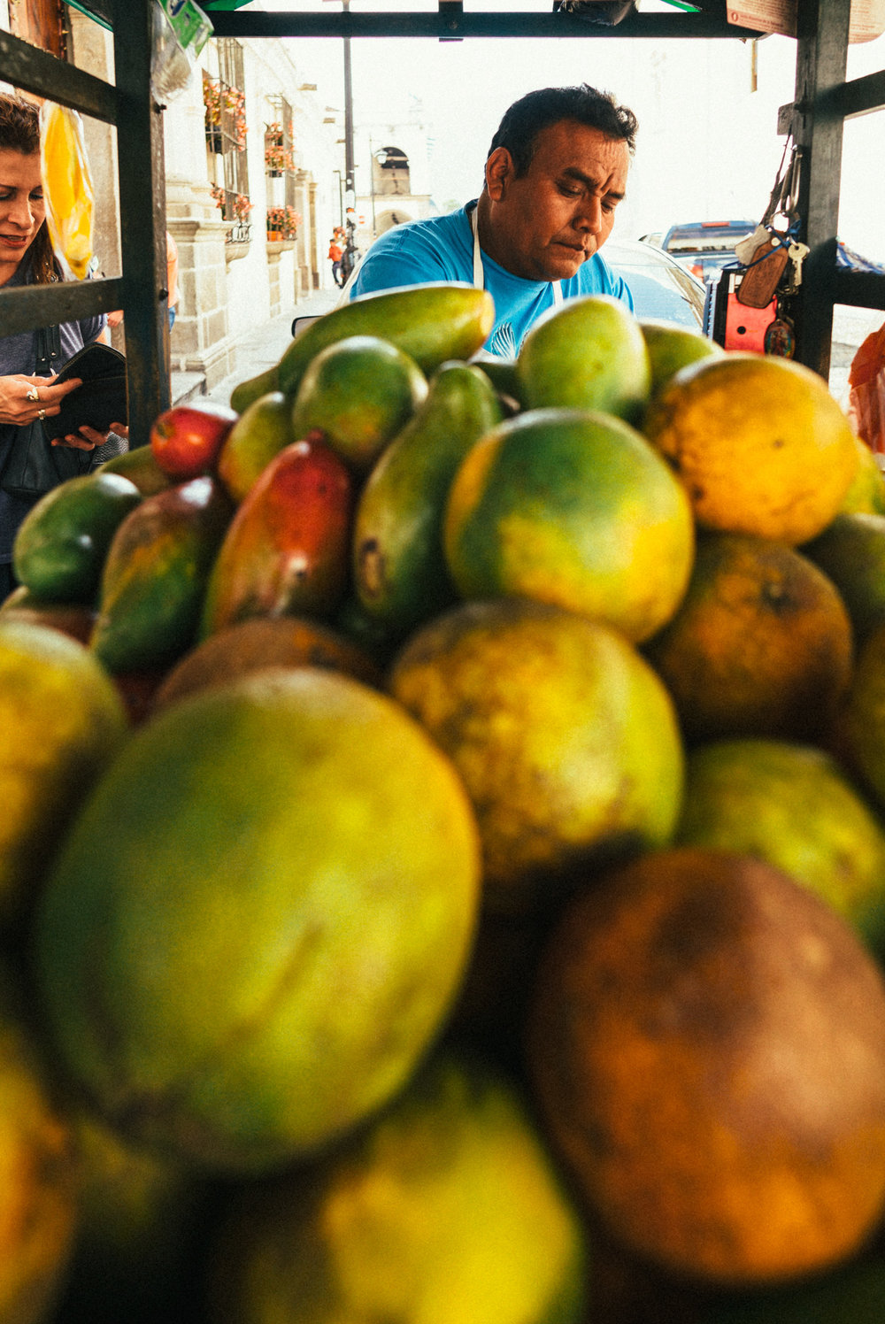 Mango Strassenverkäufer.jpg