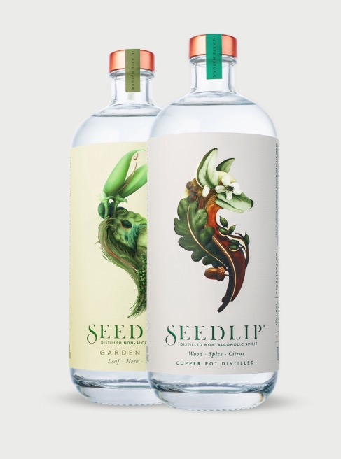 In the 1600's Apothecaries used a copper still to make non-alcoholic herbal remedies.  Seedlip have embraced this ancient method and produced their own non-alcoholic gin. Beautiful flavour and beautiful design.