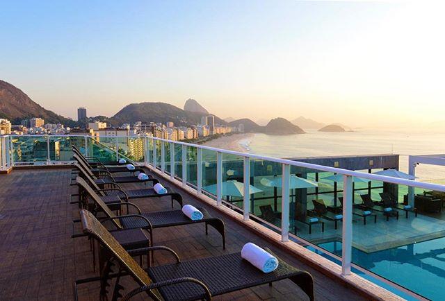 A semana no Rio começa assim, com a vista do RoofTop do @pestanarioatlantica