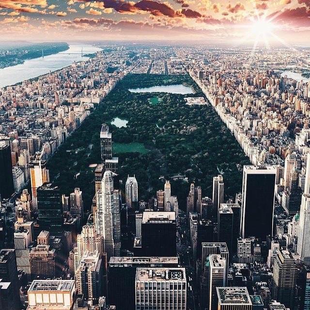 Sempre haverá um dia após o outro e sempre teremos New York! Vá de @interpointbr #septembereleventh