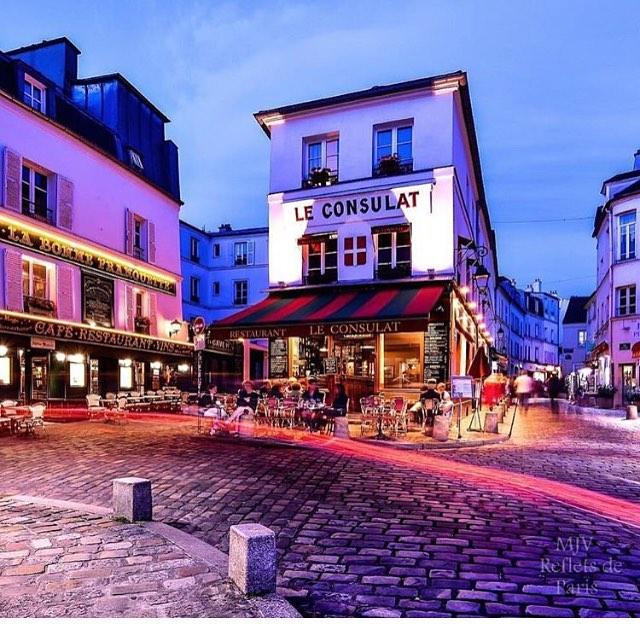 Um clássico que nunca sai de moda: Le Consulat, em Montmartre!