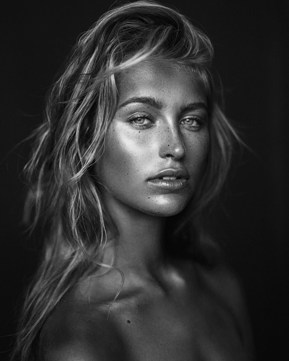 Beauty portrait of Lily Katharina shot in melbourne by photographer Nick Walters 2.jpg