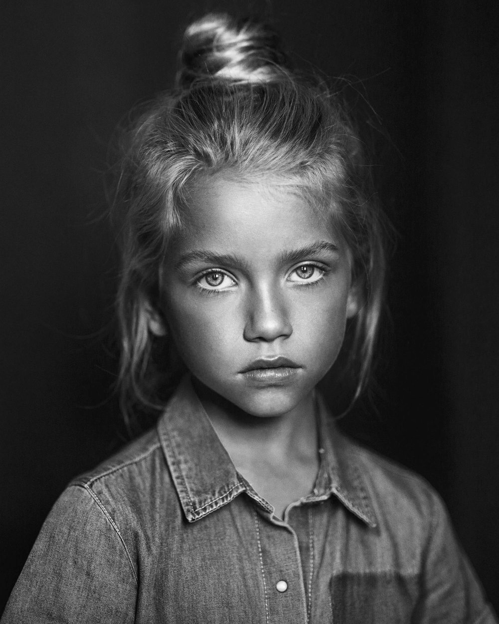 Black and White photo of Monique shot in Sydney by Nick Walters photographer.jpg