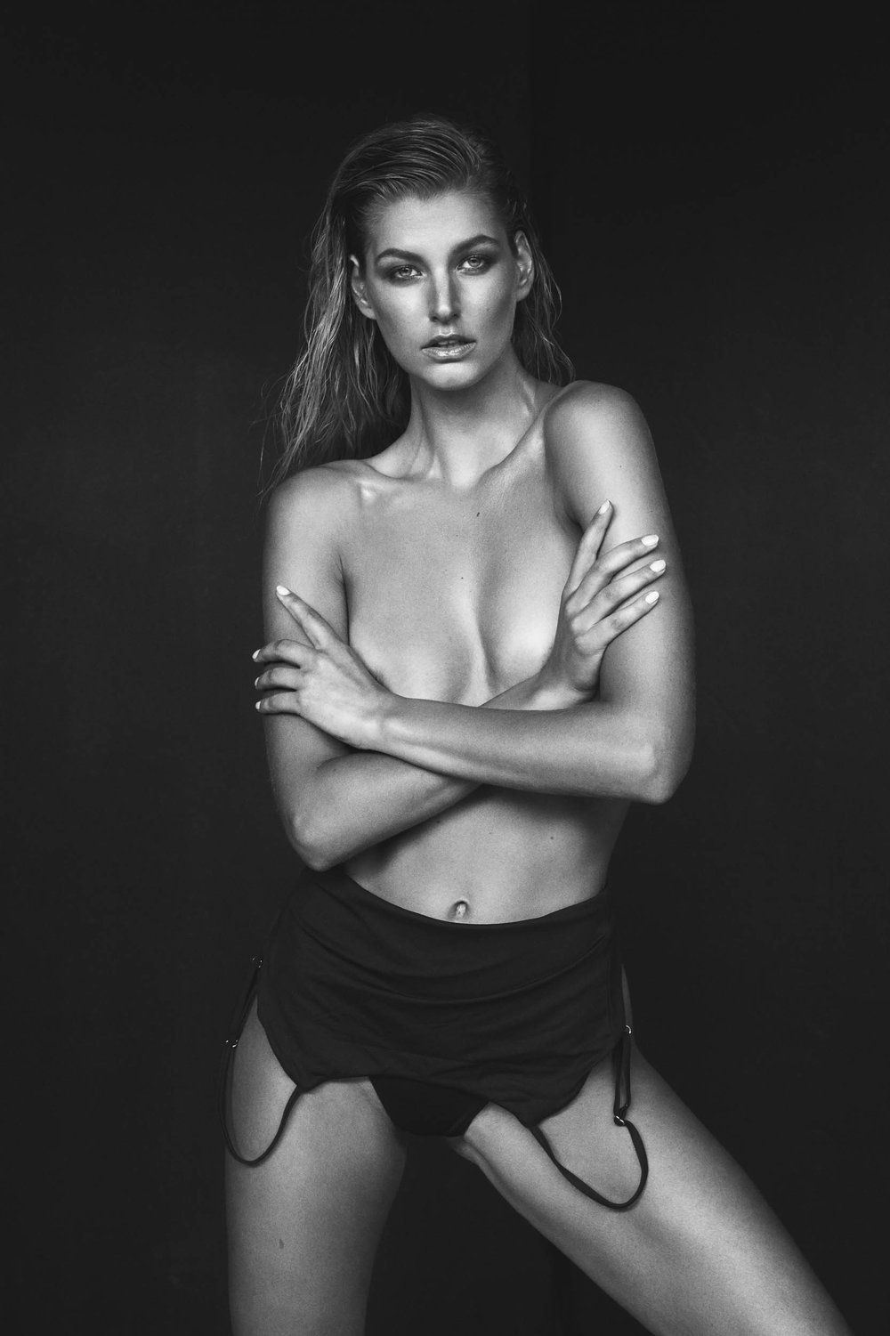 Fashion Model Mary Vitinaros photographed in black and white by Nick Walters at Lumi Studio2.jpg